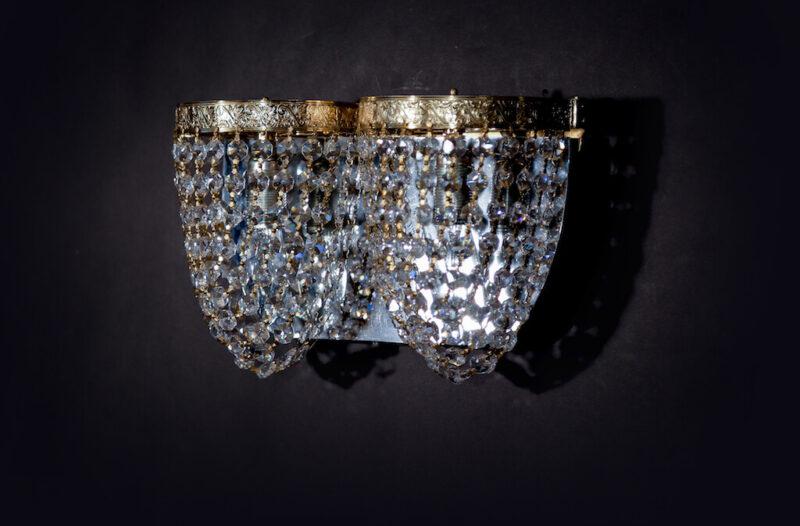 хрустальный настенный светильник