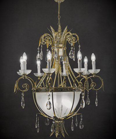 светильник из хрусталя