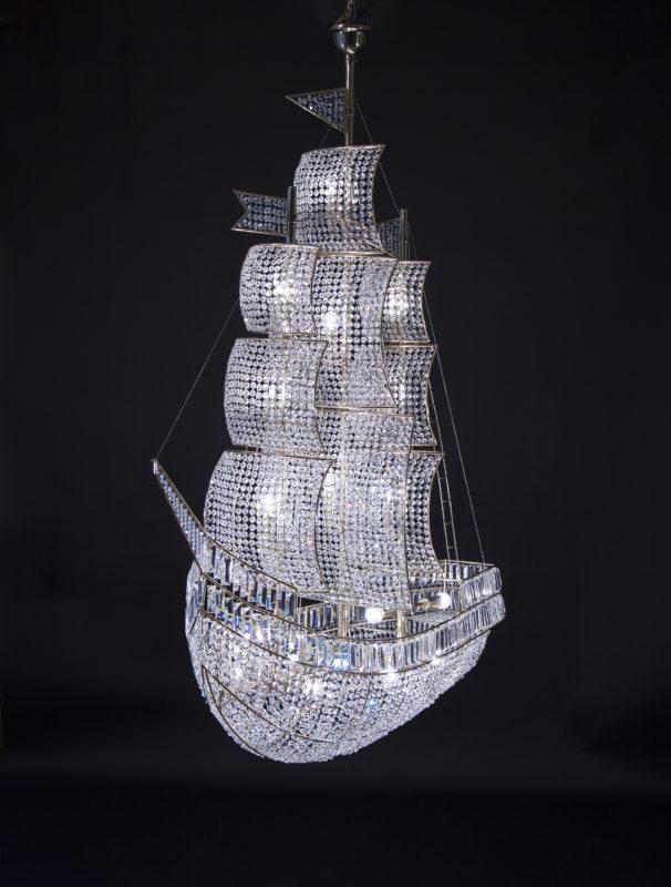 светильник хрустальный корабль